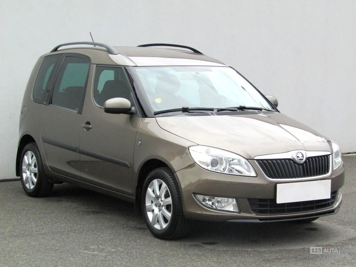 Škoda Roomster, 2013 - celkový pohled