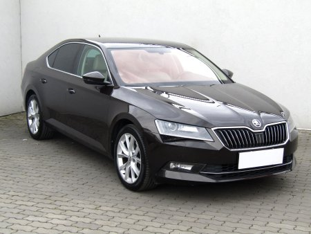 Škoda Superb III, 2017