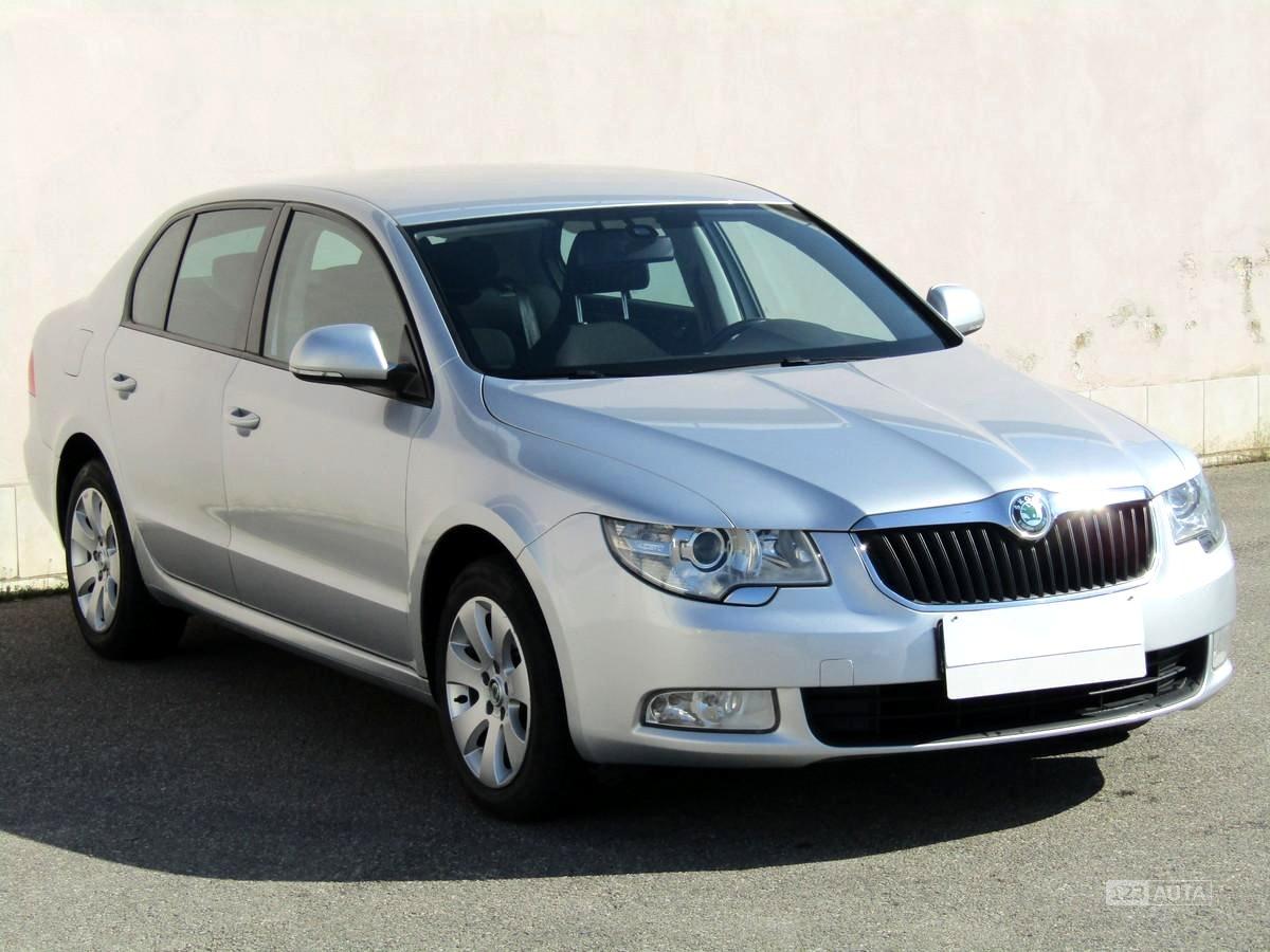 Škoda Superb, 2013 - celkový pohled