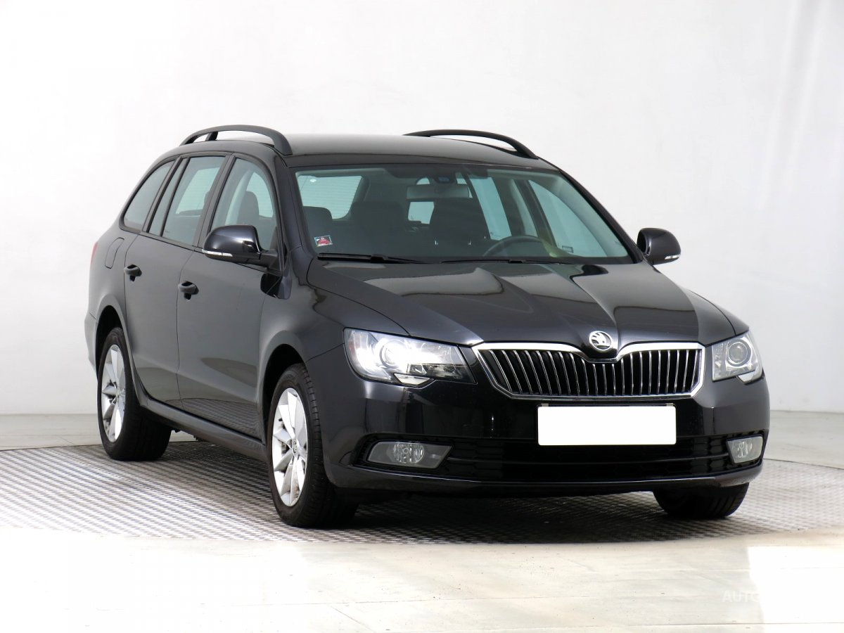 Škoda Superb, 2014 - celkový pohled