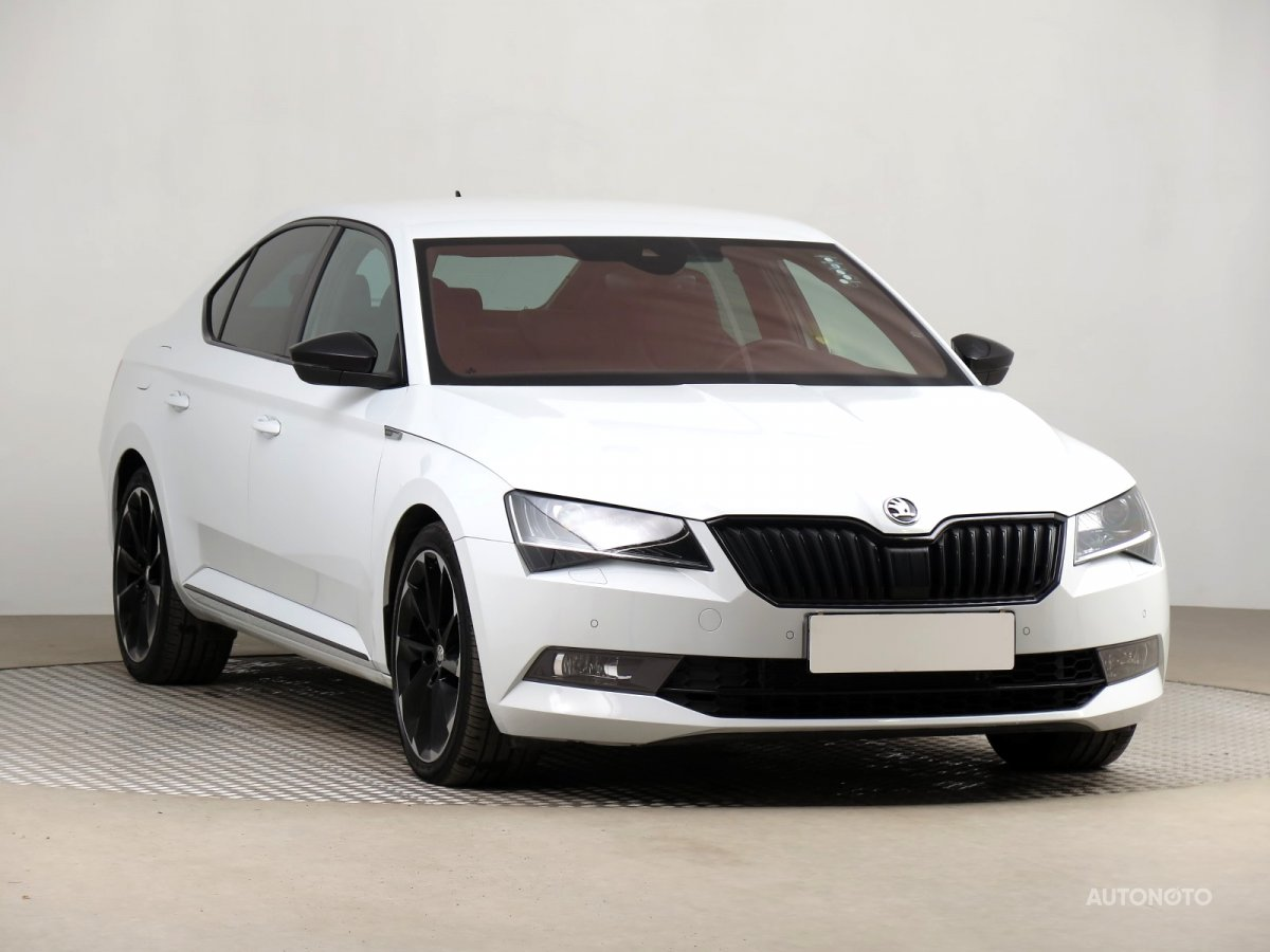 Škoda Superb, 2019 - celkový pohled