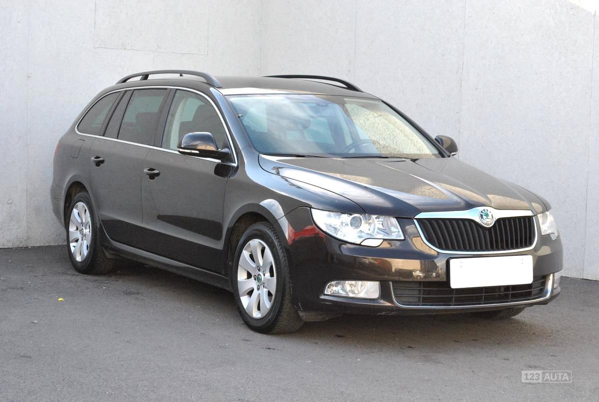 Škoda Superb II, 2013 - celkový pohled
