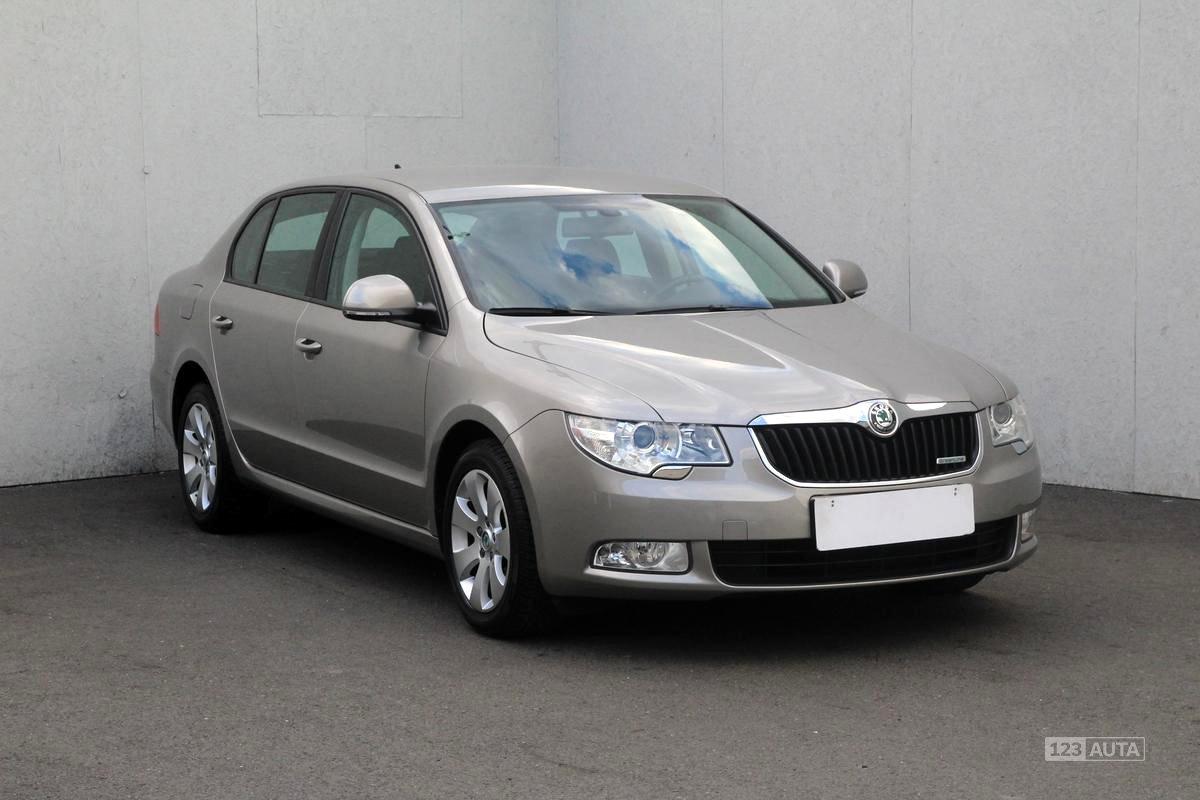 Škoda Superb II, 2012 - celkový pohled
