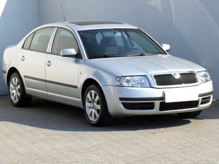 Škoda Superb, 2001