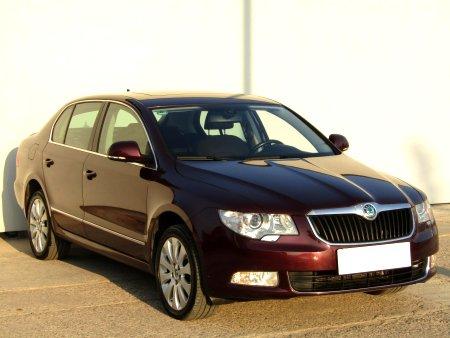 Škoda Superb, 2011