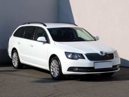 Škoda Superb, 2015