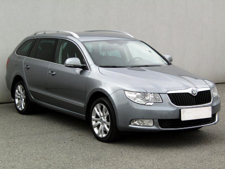 Škoda Superb, 2010