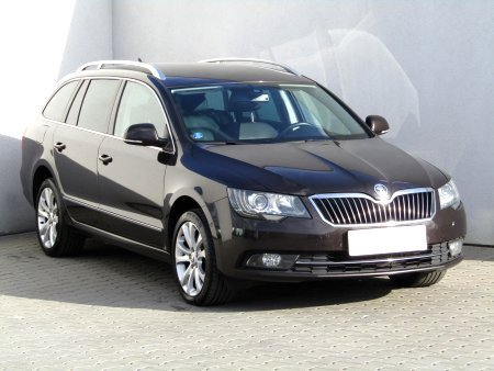 Škoda Superb, 2013