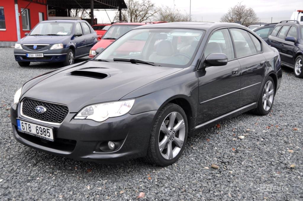 Subaru Legacy, 2010 - celkový pohled