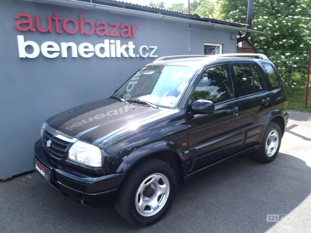Suzuki Grand Vitara, 2004 - celkový pohled