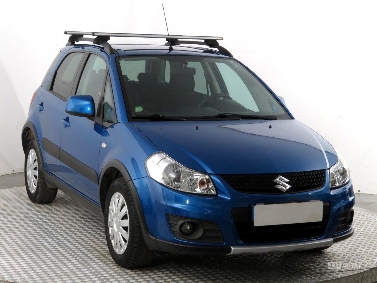 Suzuki SX4, 2010 - celkový pohled