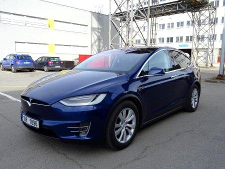Tesla Model X, 2017