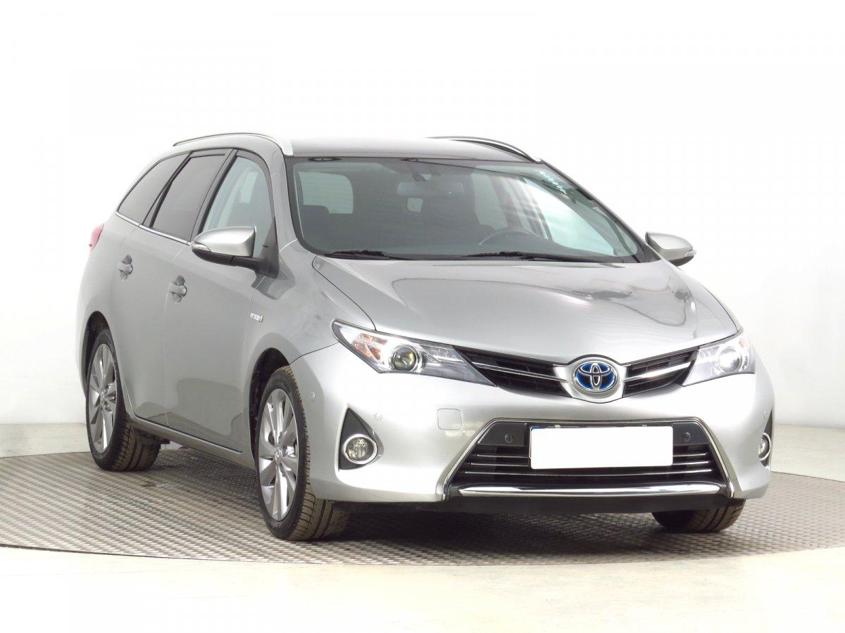 Toyota Auris, 2015 - celkový pohled