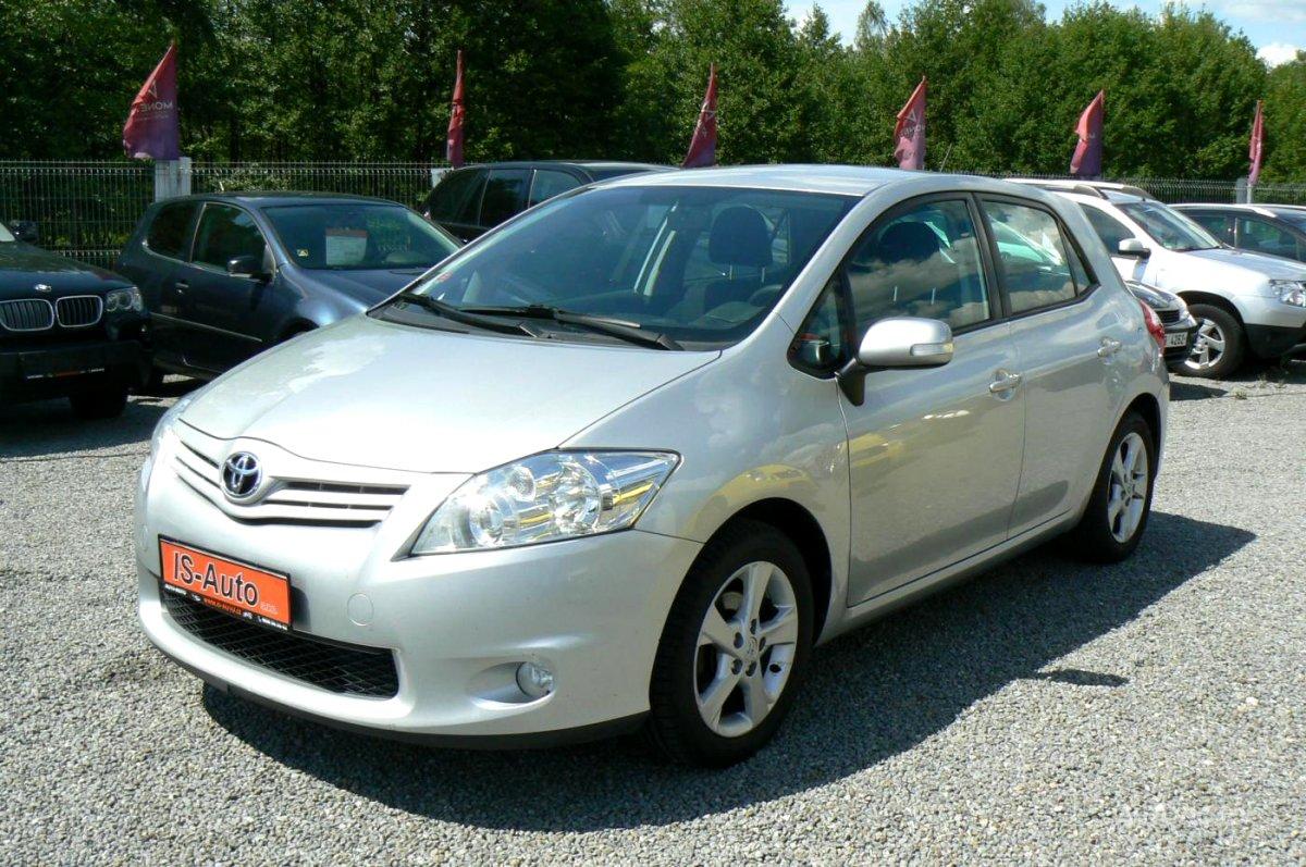 Toyota Auris, 2012 - celkový pohled