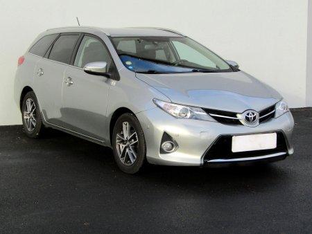 Toyota Auris, 2014