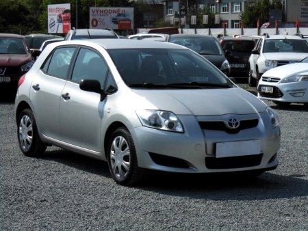 Toyota Auris, 2009