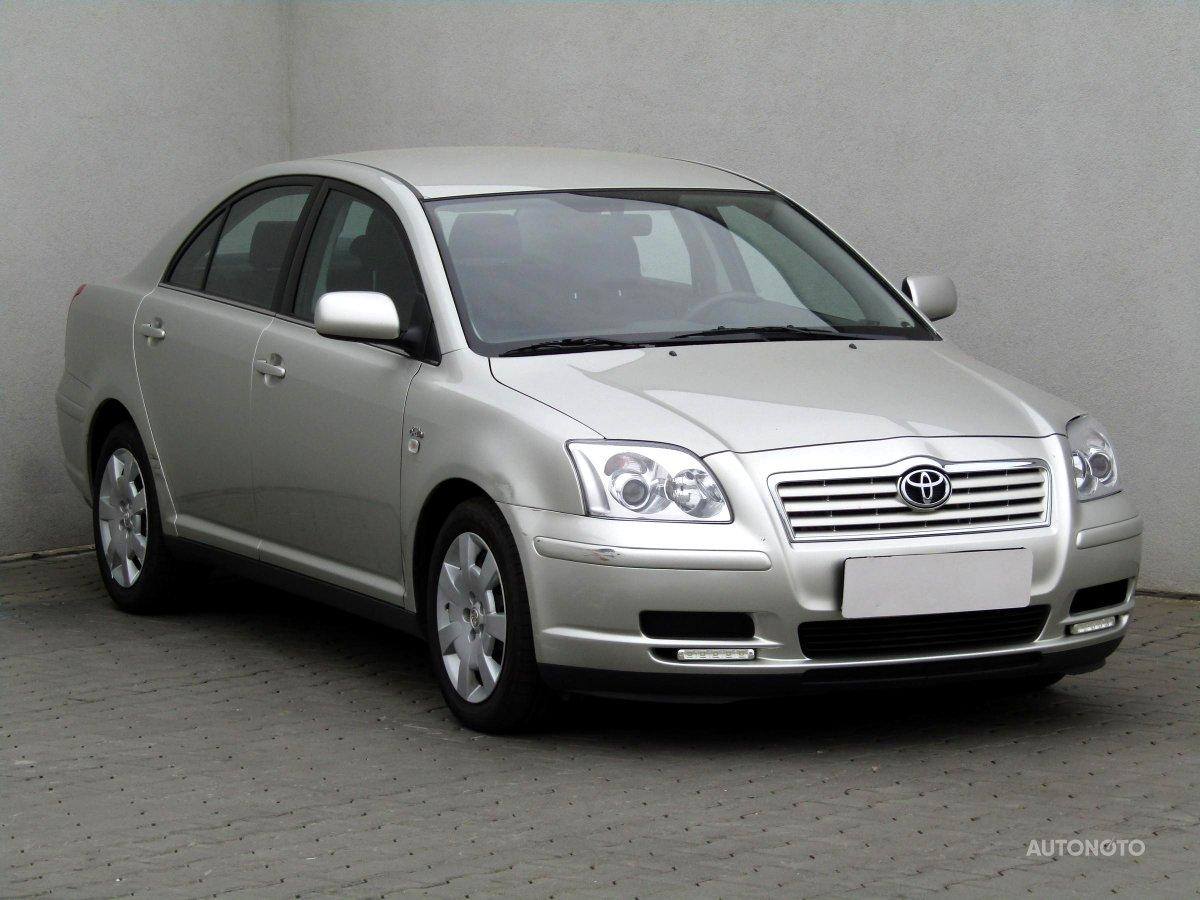 Toyota Avensis, 2004 - celkový pohled