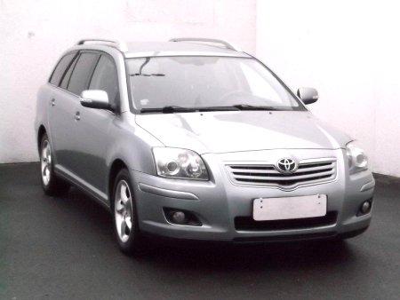 Toyota Avensis, 2004