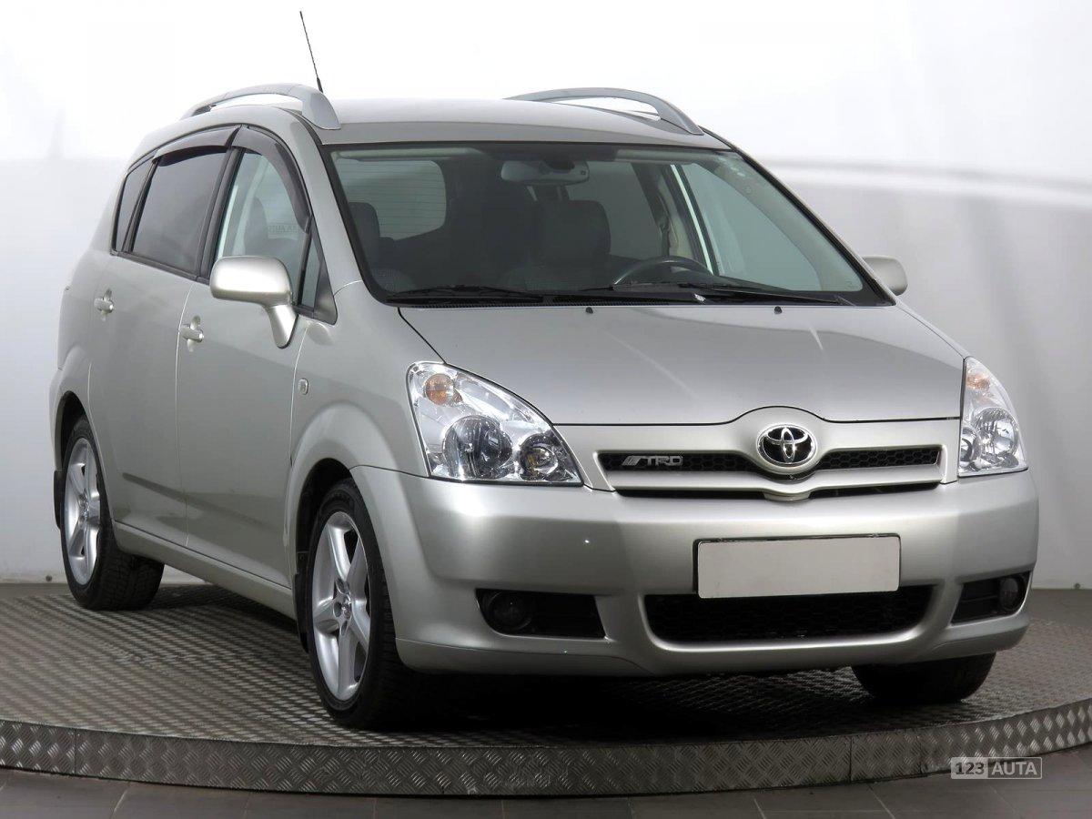 Toyota Corolla Verso, 2006 - celkový pohled