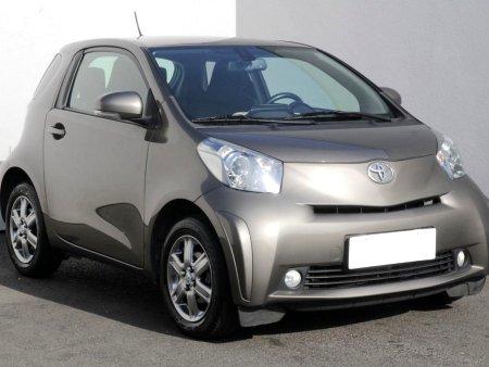 Toyota IQ, 2010