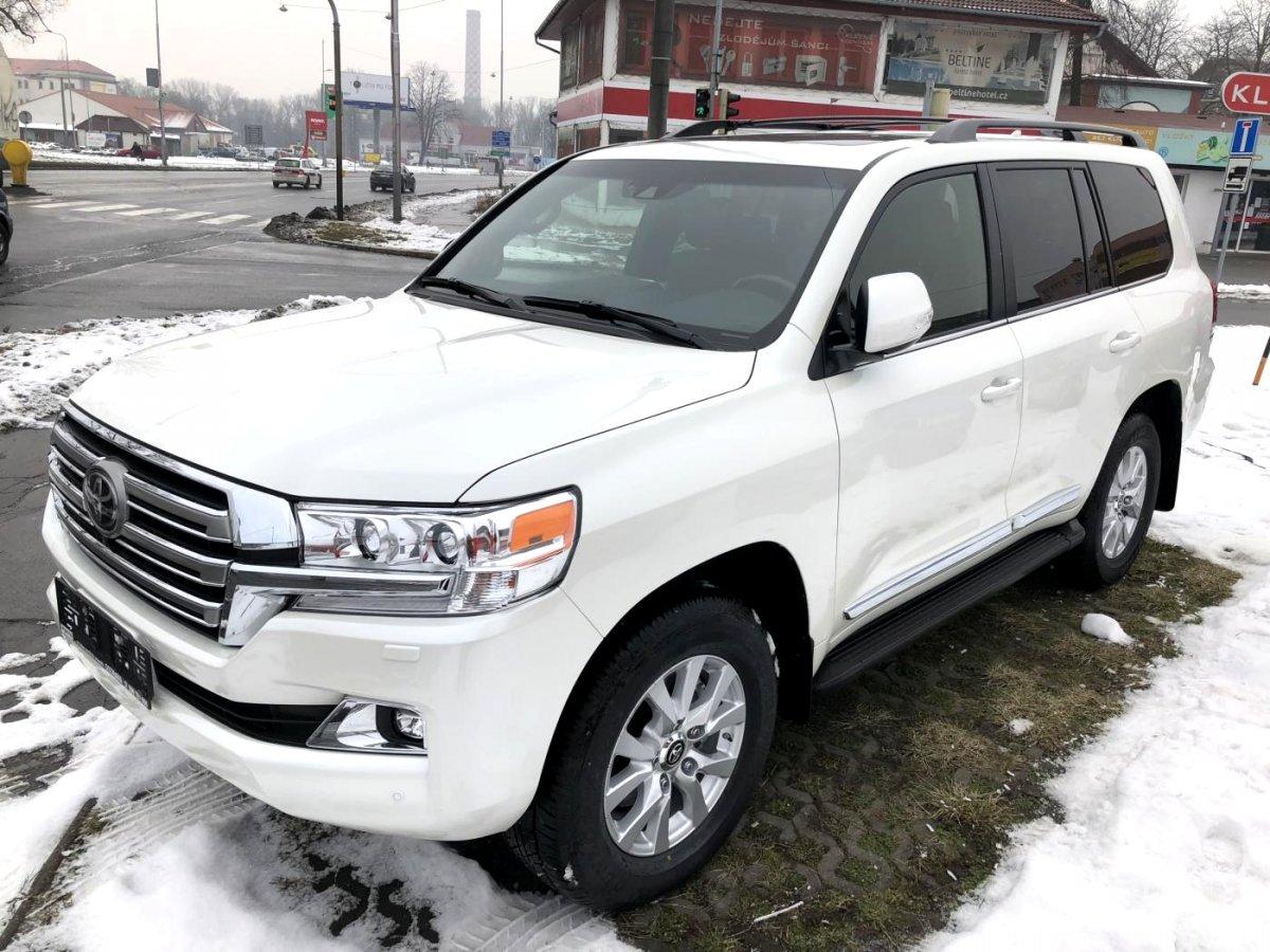 Toyota Land Cruiser, 2018 - celkový pohled