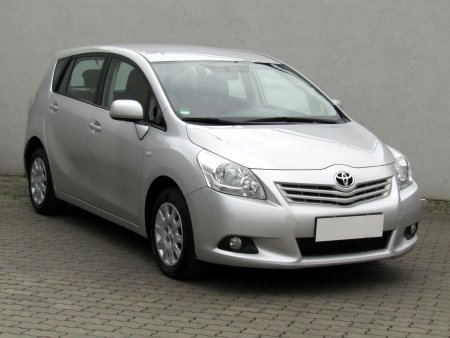 Toyota Verso, 2011