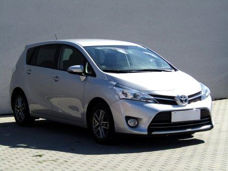 Toyota Verso, 2015