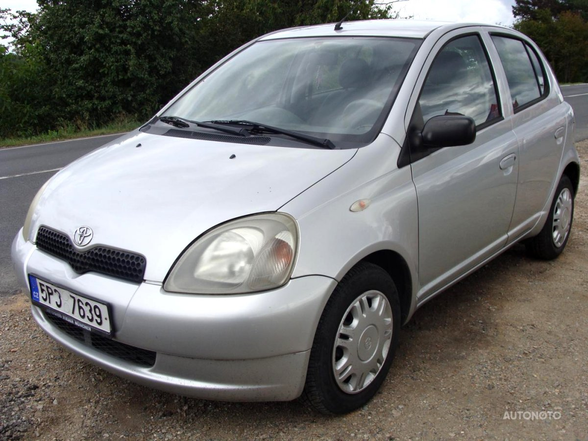 Toyota Yaris, 2003 - celkový pohled