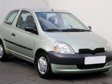 Toyota Yaris, 2001