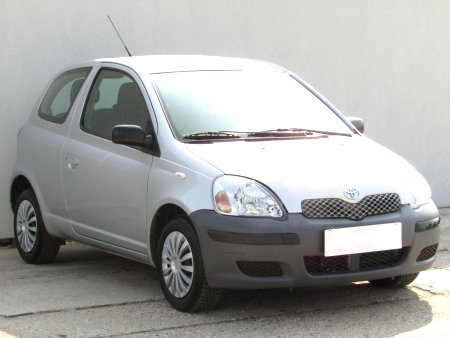 Toyota Yaris, 2005