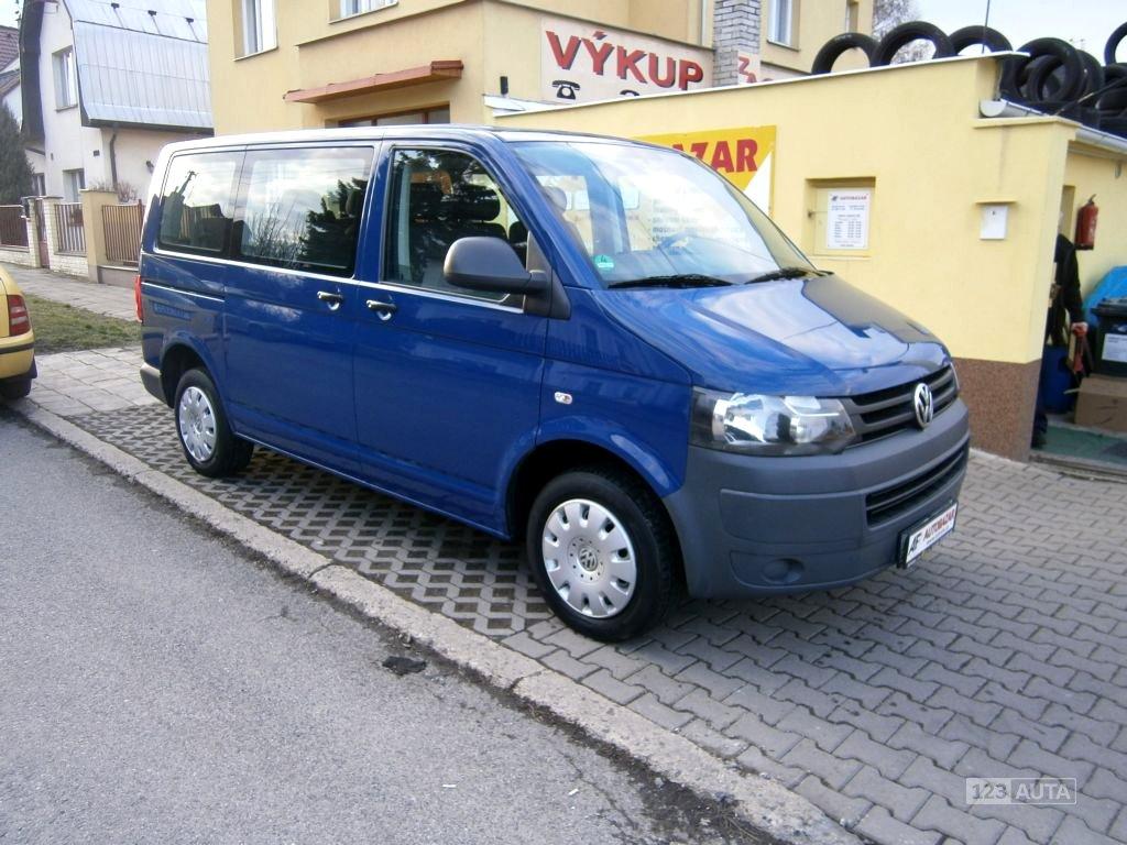 Volkswagen Caravelle, 2012 - celkový pohled