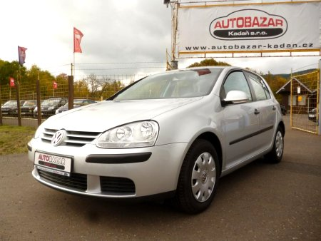 Volkswagen Golf, 2005