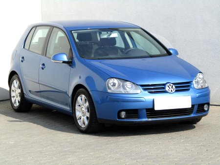 Volkswagen Golf, 2004