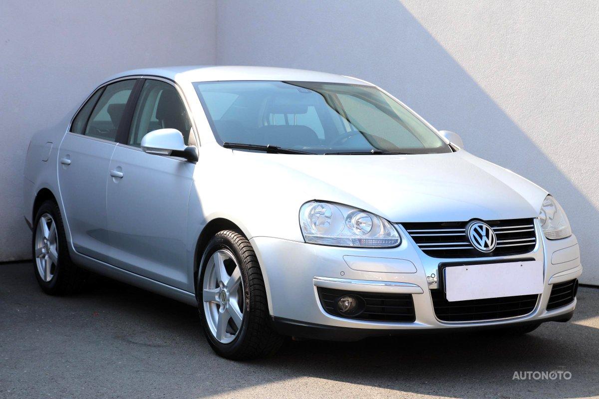Volkswagen Jetta, 2010 - celkový pohled
