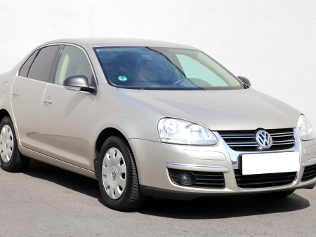 Volkswagen Jetta, 2005