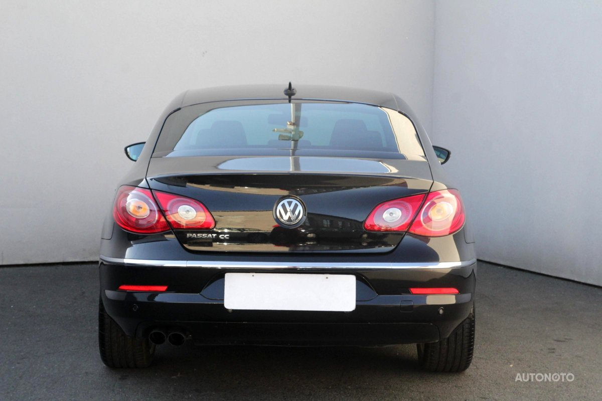 Volkswagen Passat CC, 2010 - pohled č. 6