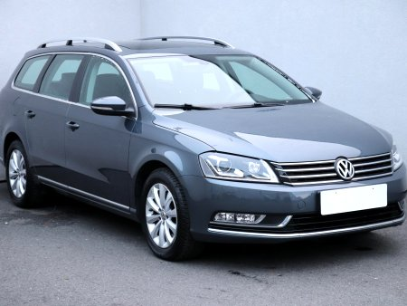Volkswagen Passat, 2016