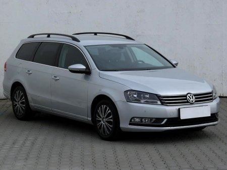 Volkswagen Passat, 2011