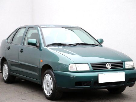 Volkswagen Polo, 1997