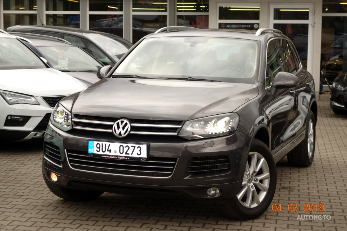 Volkswagen Touareg, 2012 - celkový pohled