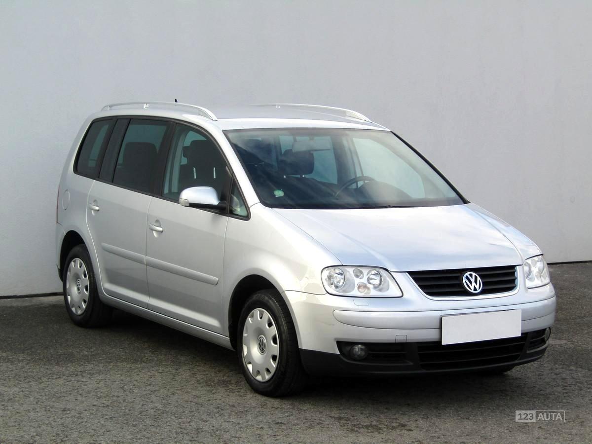Volkswagen Touran, 2003 - celkový pohled