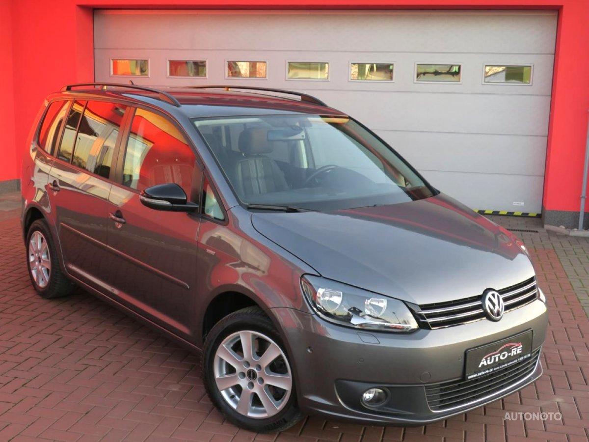Volkswagen Touran, 2013 - celkový pohled