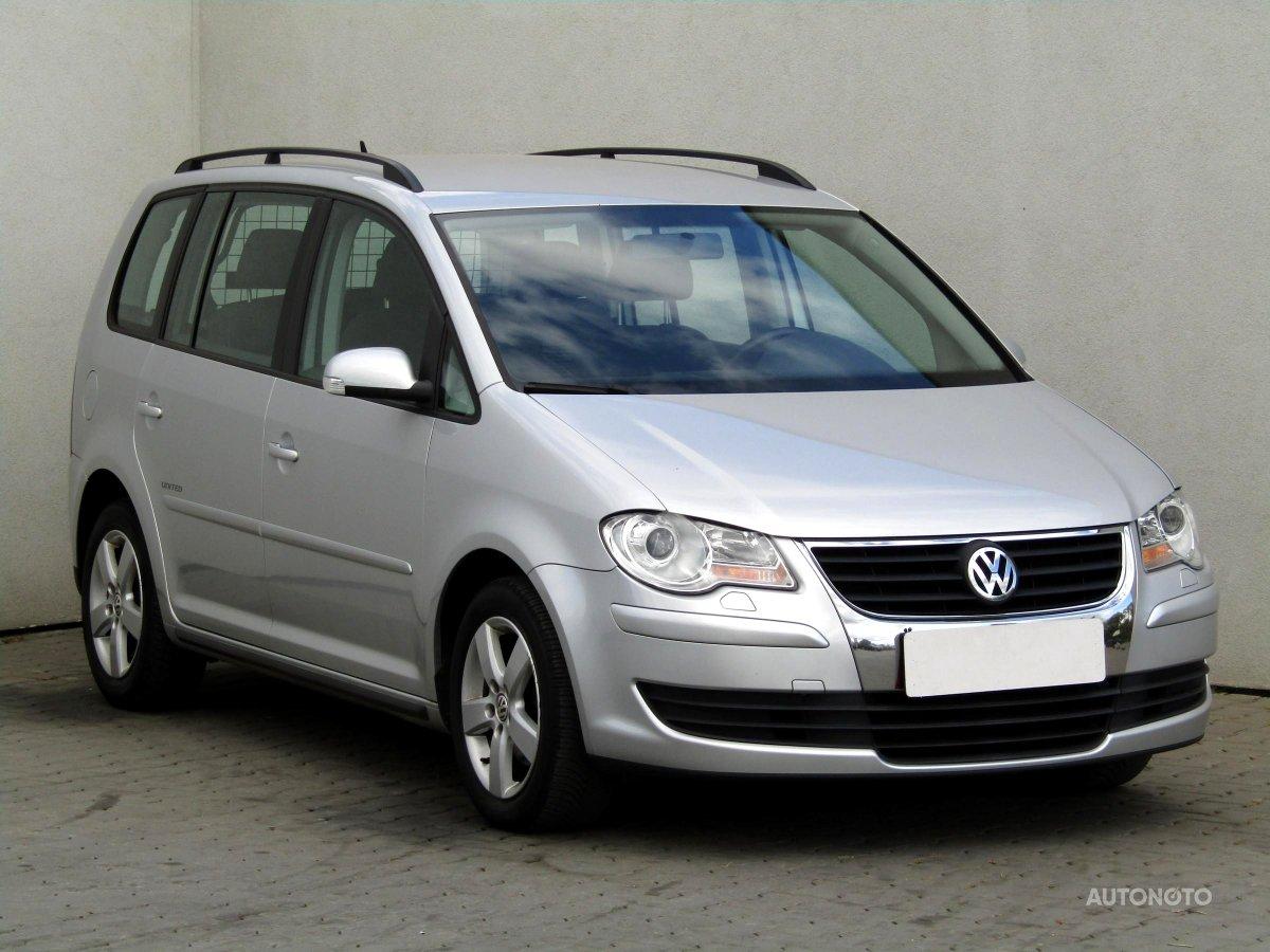 Volkswagen Touran, 2009 - celkový pohled