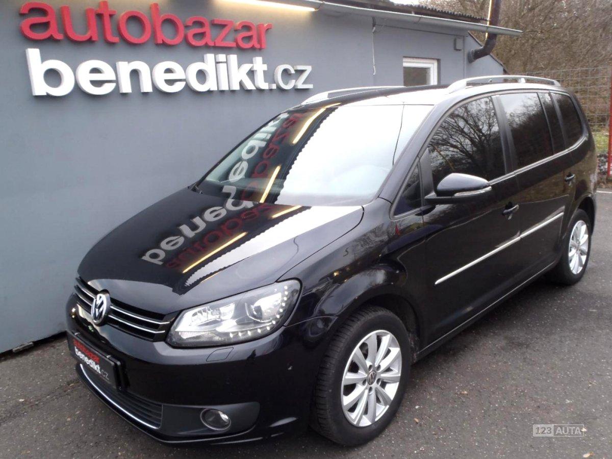 Volkswagen Touran, 2014 - celkový pohled