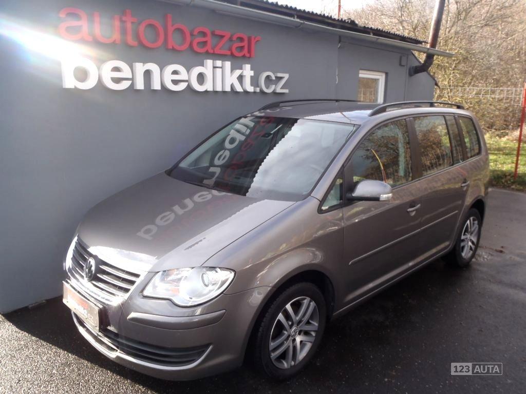 Volkswagen Touran, 2006 - celkový pohled