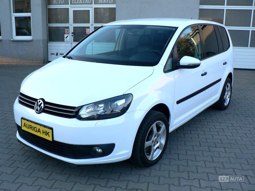 Volkswagen Touran, 2012 - celkový pohled