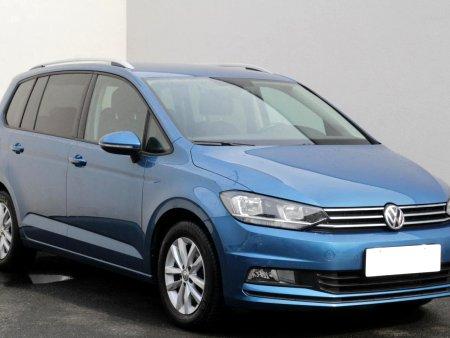 Volkswagen Touran, 2015