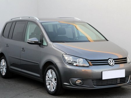 Volkswagen Touran, 2010