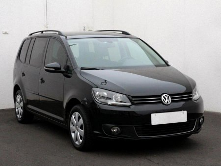 Volkswagen Touran, 2011