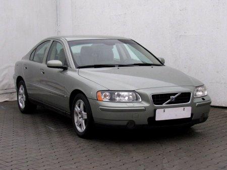Volvo S60, 2005